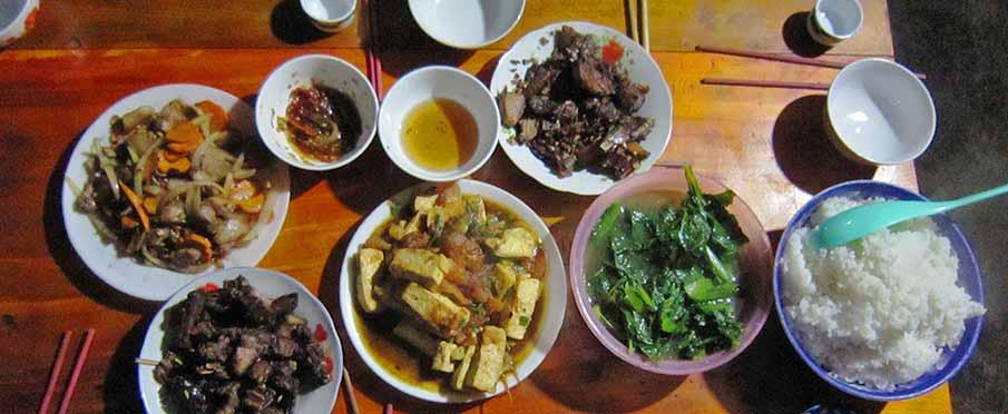 vietnam-food-lunch