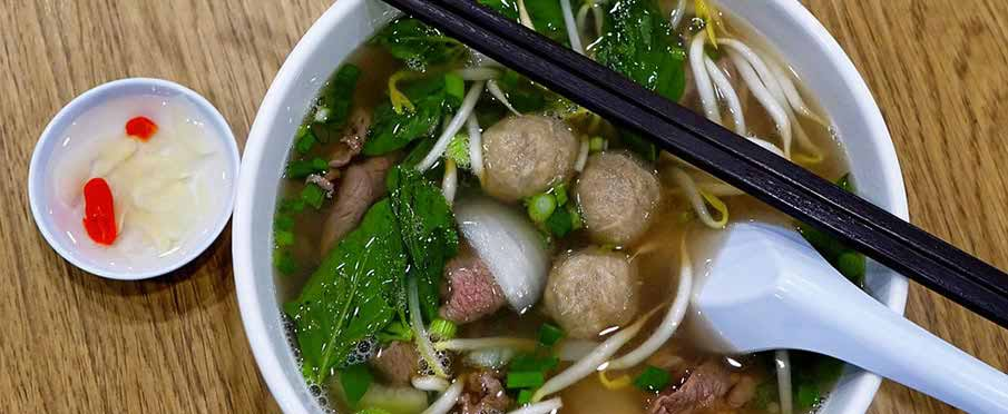 vietnam-food-pho-bo-vien