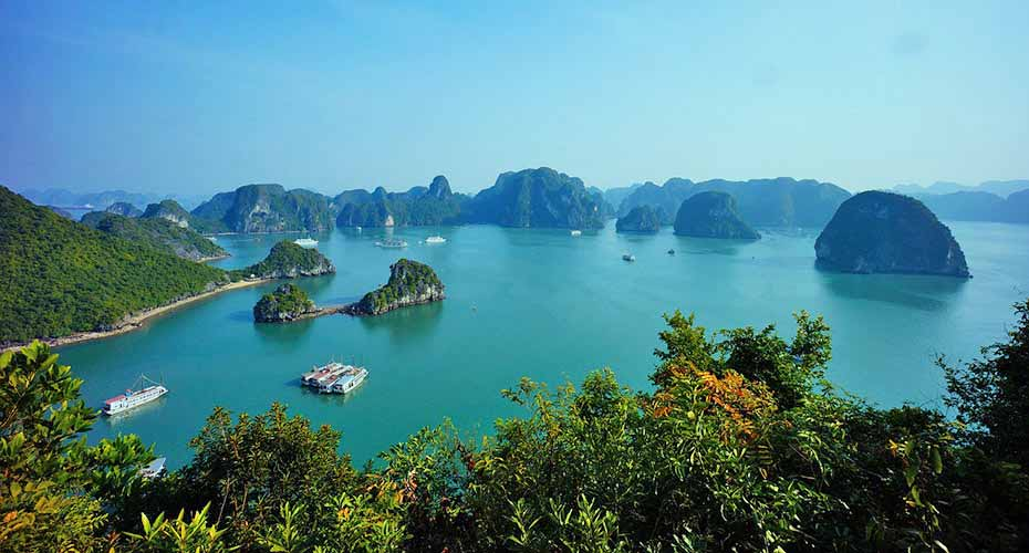 ha-long-bay-north-vietnam7
