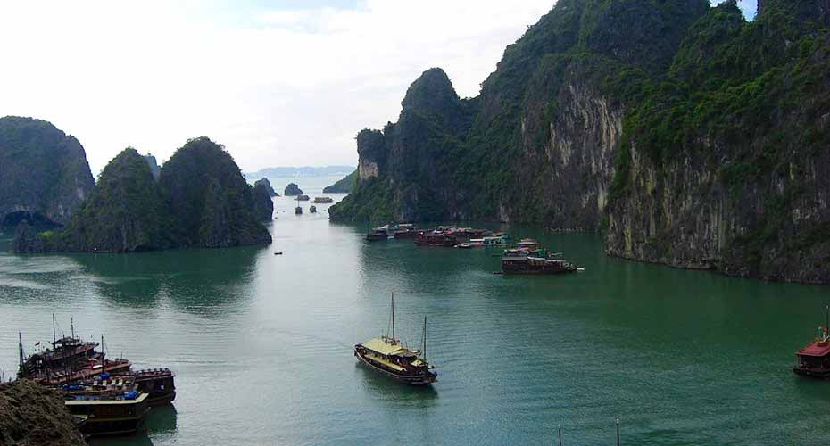 ha-long-bay-north-vietnam5