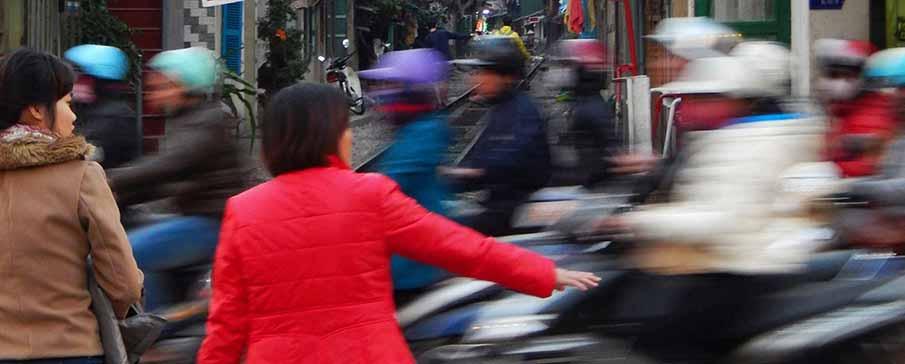 vietnam-traffic-danger