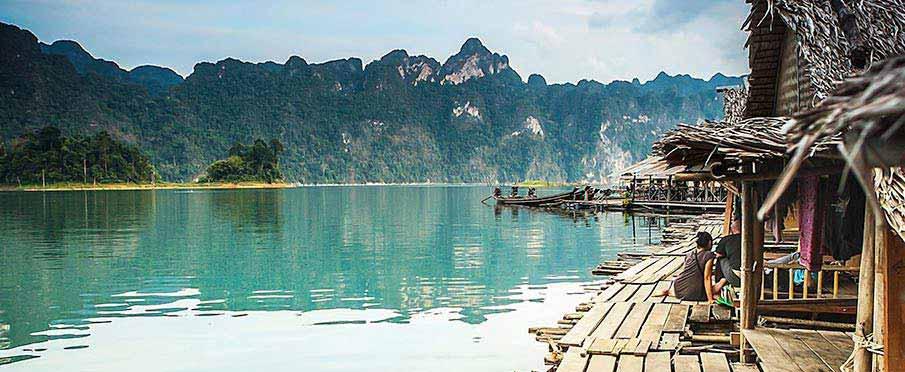 ha-long-bay-village-vietnam