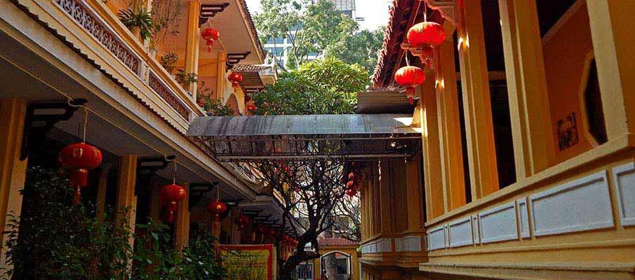 quan-su-pagoda-hanoi4