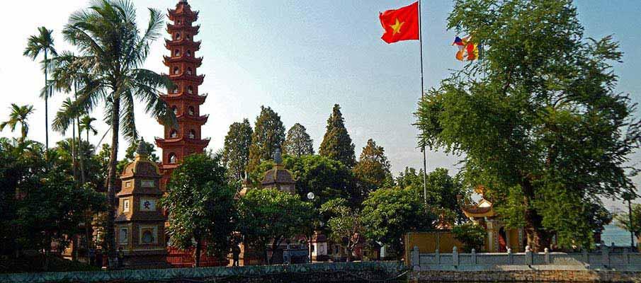 tran-quoc-pagoda-hanoi7