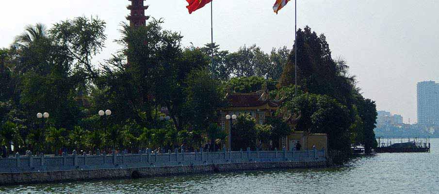 tran-quoc-pagoda-hanoi8