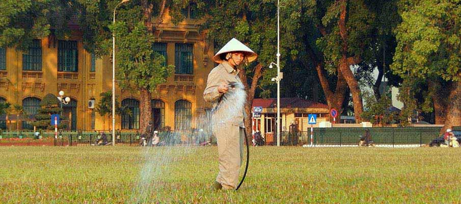 vietnam-ho-chi-minh-mausoleum3