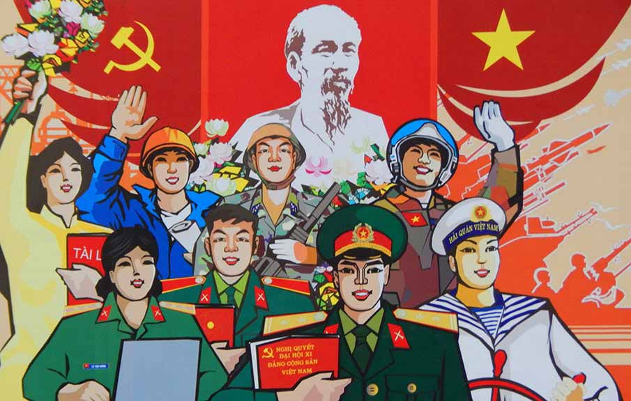 vietnam-flag-billboard