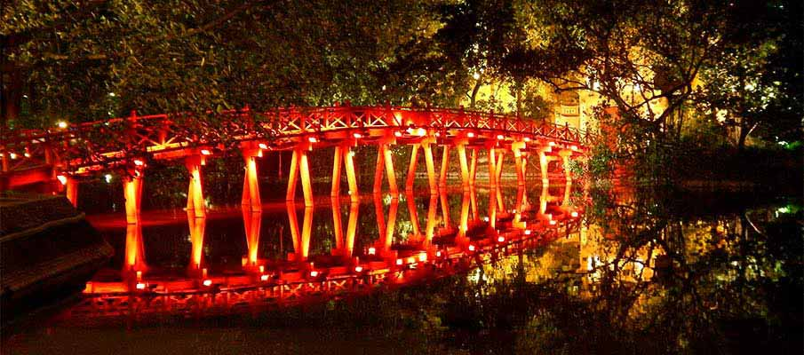 hoan-kiem-the-huc-bridge-hanoi