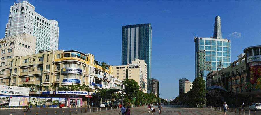 vietnam-ho-chi-minh-saigon-street