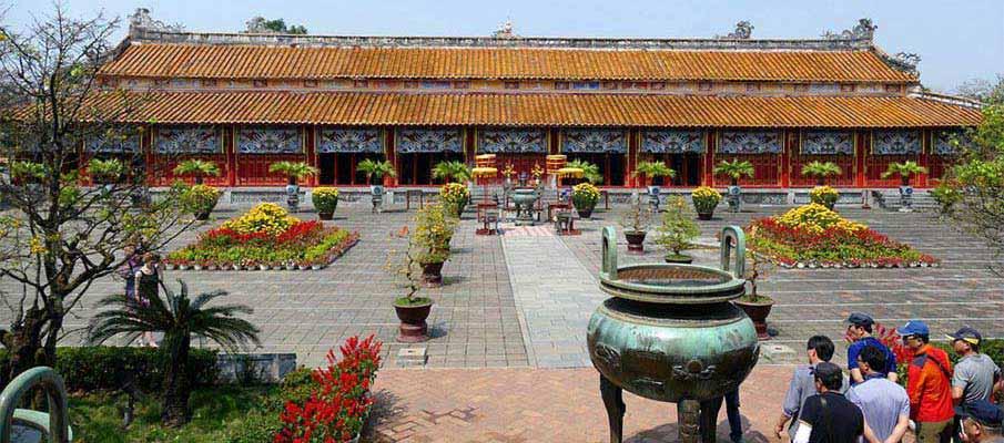 vietnam-hue-royal-palace