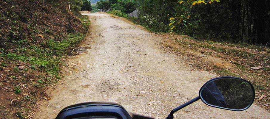 vietnam-motorbike-hoa-binh