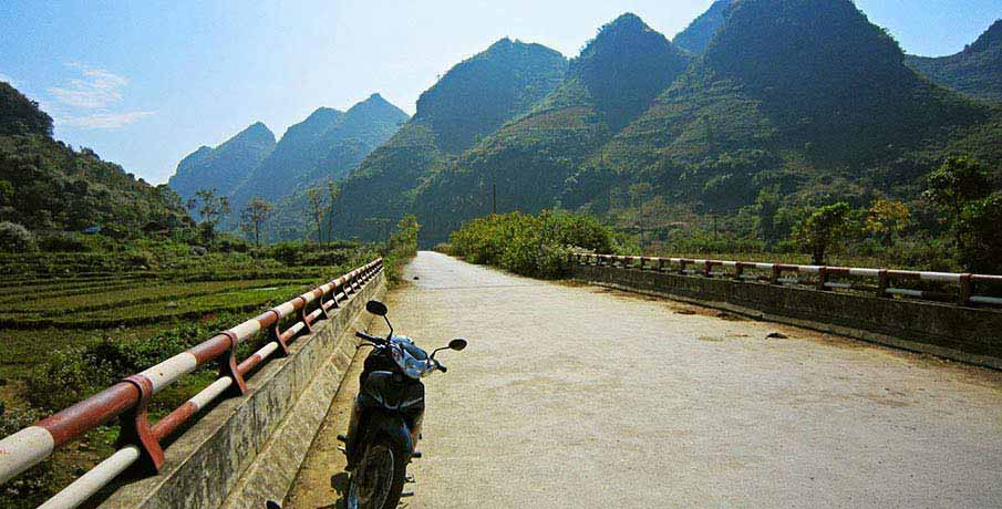 vietnam-motorbike-travel