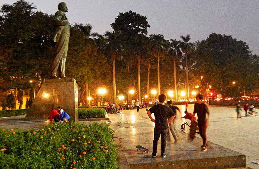vietnam-lenin-park-hanoi1