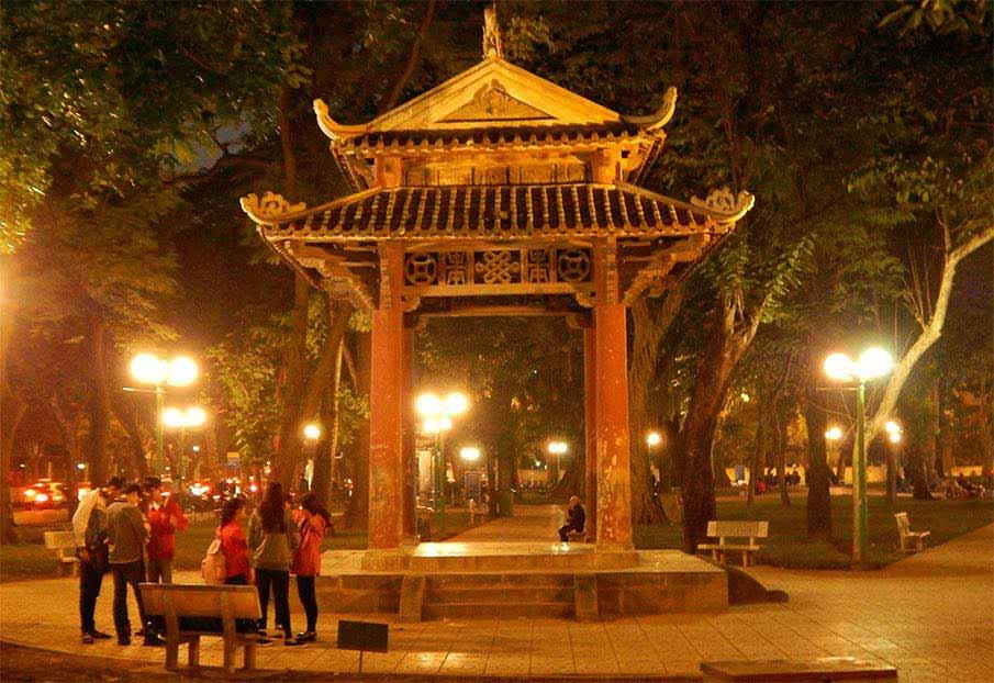 vietnam-lenin-park-hanoi2