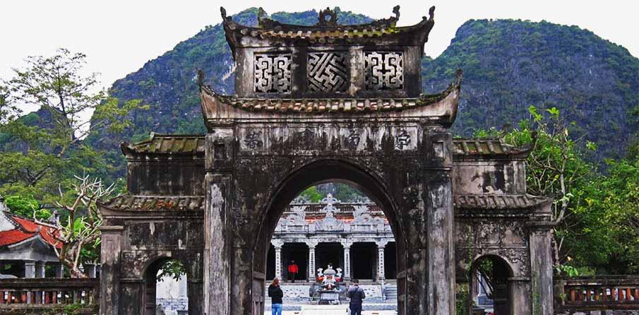 vietnam-tam-coc-ninh-binh-thai-vi-palace