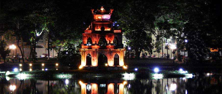 hanoi-hoan-kiem-lake-vietnam
