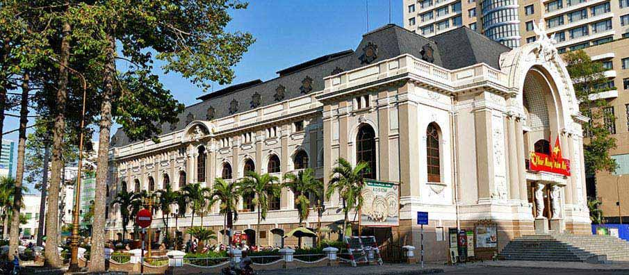opera-house-ho-chi-minh-vietnam