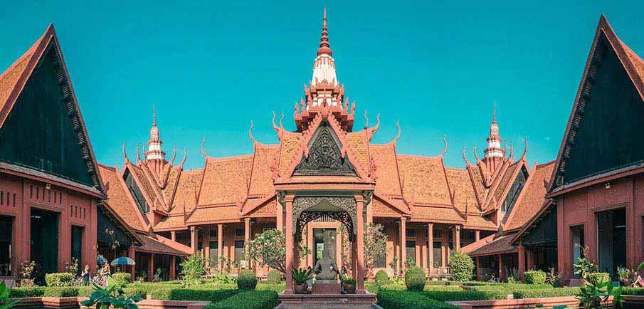 phnom-penh-national-museum-cambodia