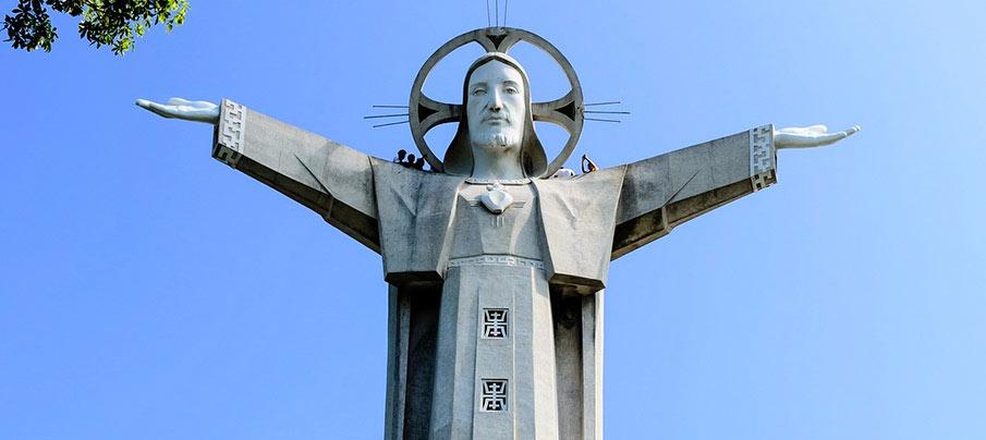 vung-tau-jesus-christ-statue