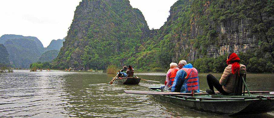 Ninh-Binh-Tam-Coc-Vietnam
