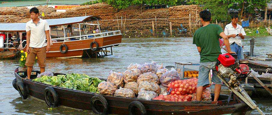 can-tho-floating-market-vietnam1