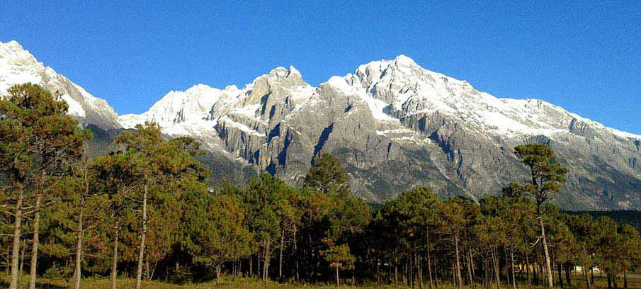 Jade-Dragon-Snow-Mountain-lijiang-china
