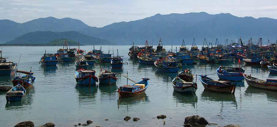 boats-nha-trang-vietnam