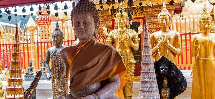 chiang-mai-thailand-buddhist-temple