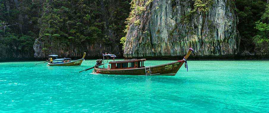 koh-phi-phi-boat-thailand