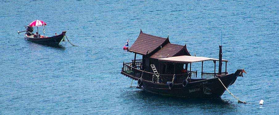 koh-tao-boat-thailand