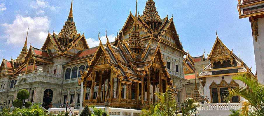 palace-bangkok-thailand