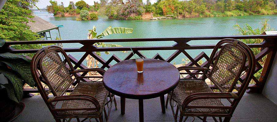 don-det-island-bungalow-laos