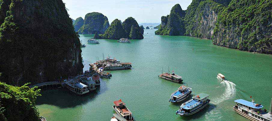 ha-long-bay-boats-vietnam