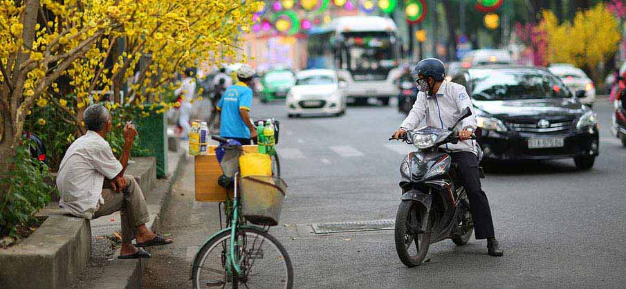 ho-chi-minh-city-street-vietnam