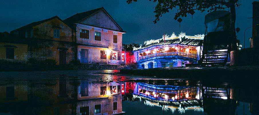 hoi-an-night-vietnam