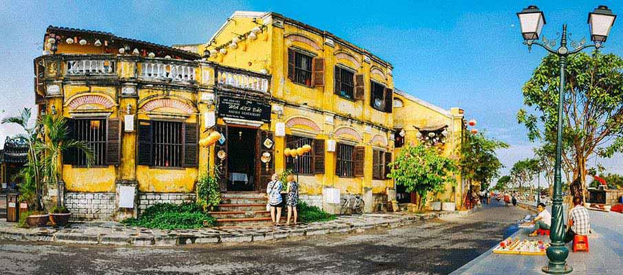hoi-an-street-vietnam