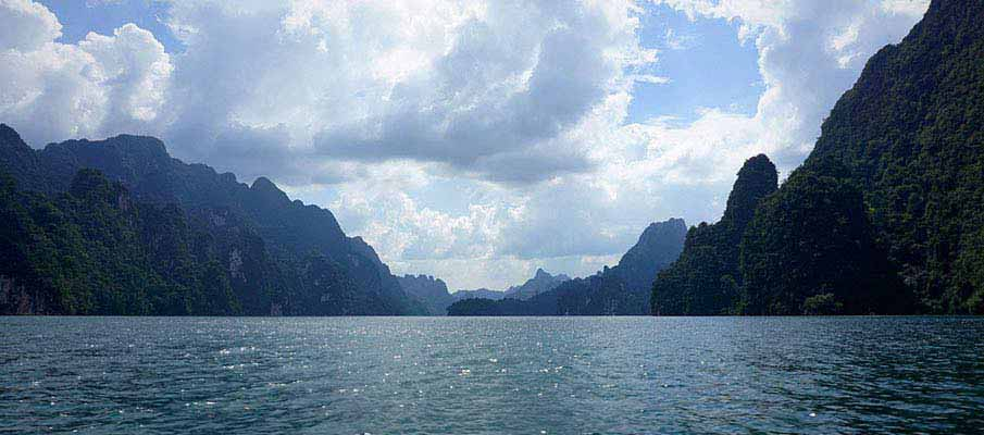 khao-sok-national-park-surat-thani-thailand1