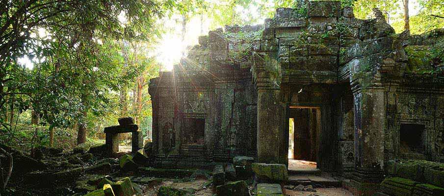 sierm-reap-angkor-wat-ruins