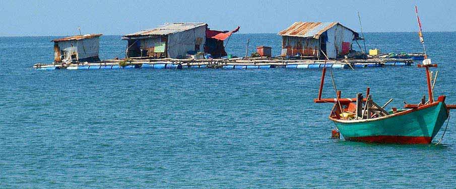 fisherman-phu-quoc-island-vietnam