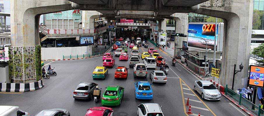 bangkok-busy-street