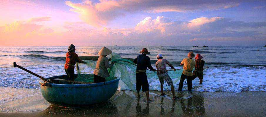 fishermen-mui-ne-vietnam