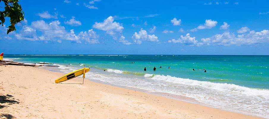 phuket-swimming-thailand