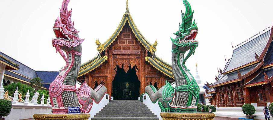 wat-ban-den-chiang-mai-thailand