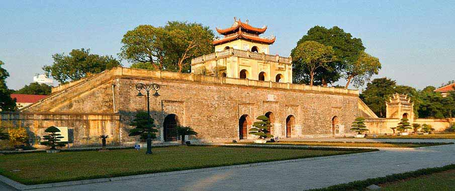 thang-long-citadel-hanoi-vietnam