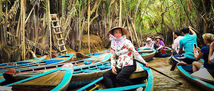 mekong-floating-markets-vietnam