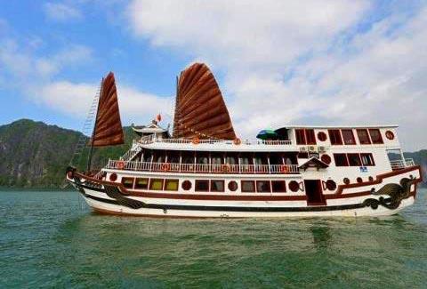 royal-palace-cruise-halong