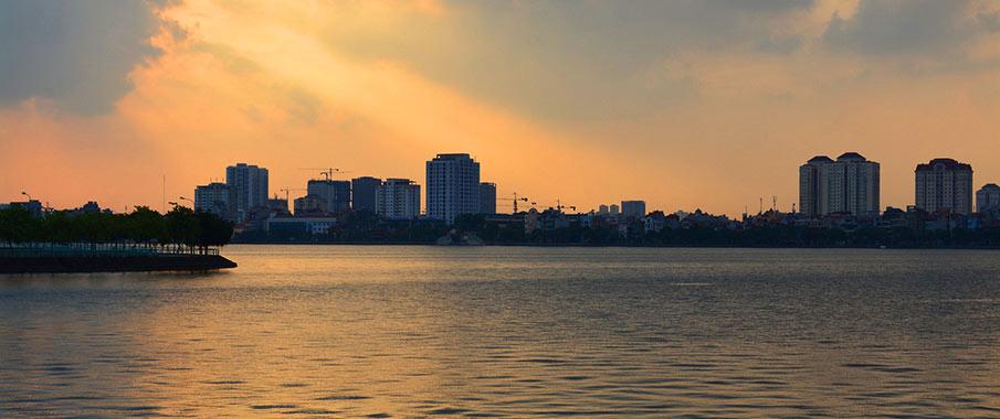 ho-tay-lake-hanoi-vietnam2