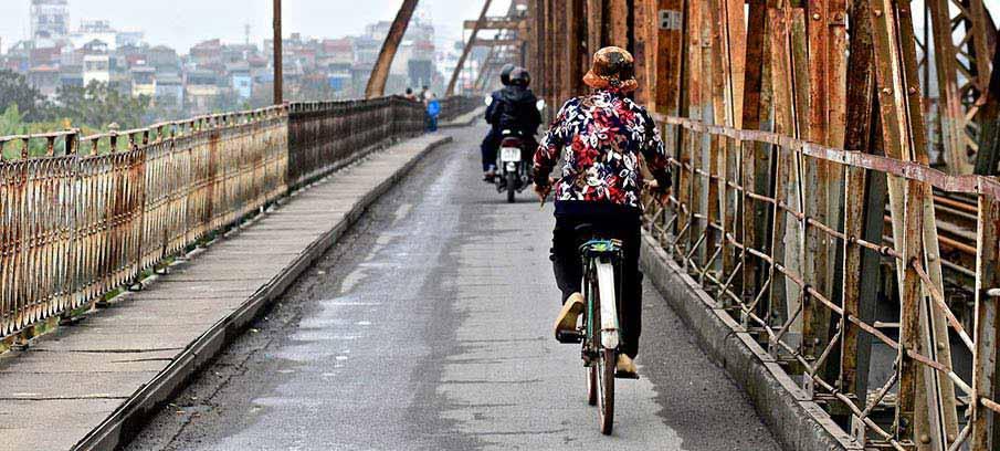hanoi-long-bien-bridge