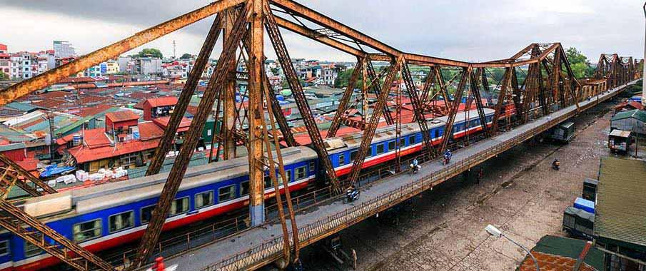 train-hanoi-to-lao-cai-vietnam
