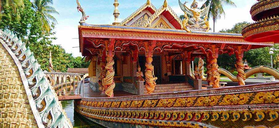 kota-bharu-dragon-boat-temple